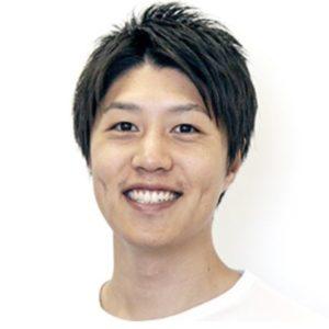 岡林輝明 経歴